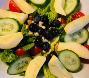 apple and blueberry salad